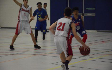 JV boys' basketball team finishes strong against PISQ, 71-60