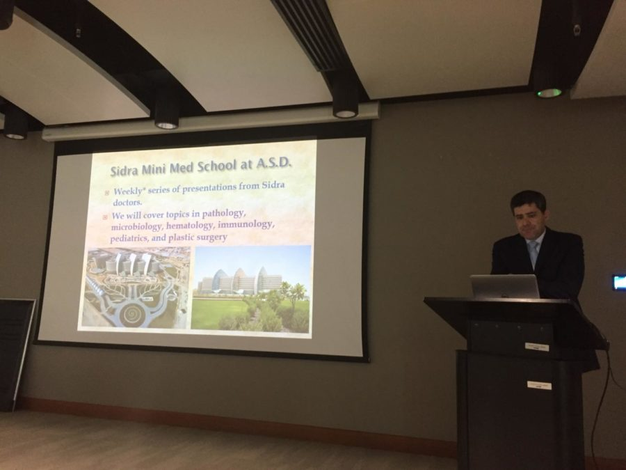 Dr. Ford re-introduced Sidra Mini-Med to an enthusiastic audience of ASD students potentially interested in pursuing medical or health-related studies.