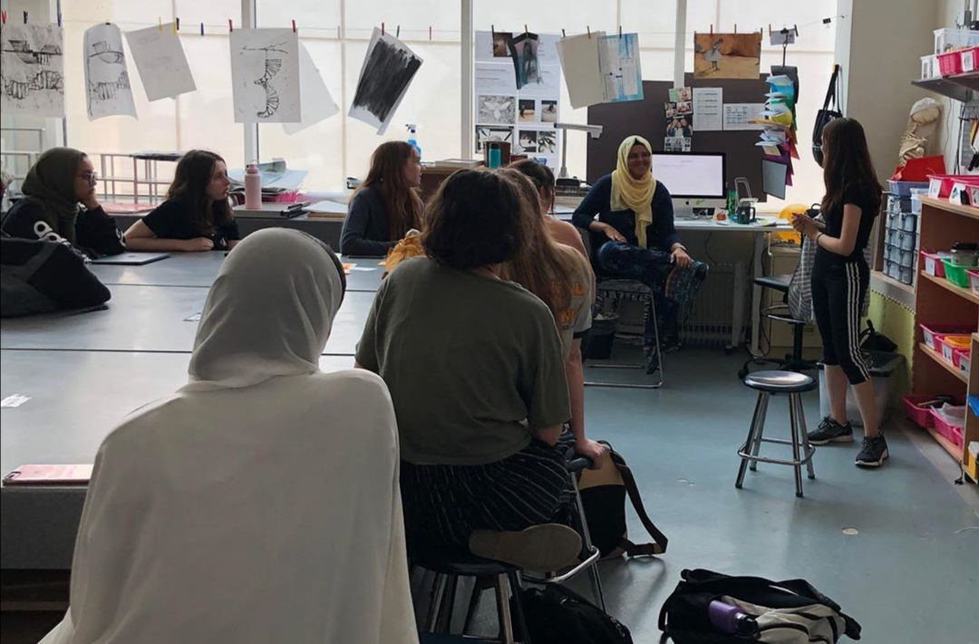 Many ASD high schoolers gathered for the first meeting of the Arts for Hearts Club this year for the chance to learn more about service through art.
